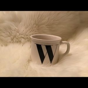 Pottery Barn Initial Mug | W | LIKE NEW